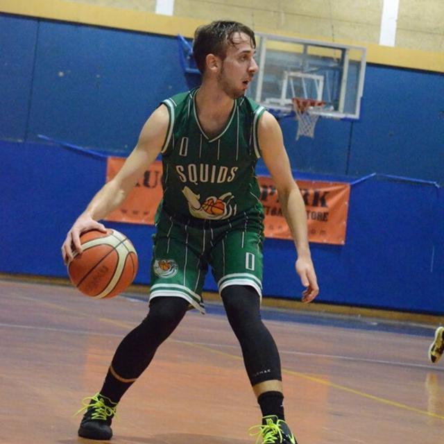 Gabriele Marangoni in maglia Settimo Basket contro Cerro Maggiore