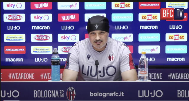 Sinisa Mihajlovic in conferenza stampa