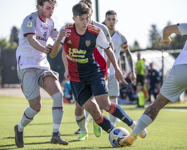 Passa il Cagliari ad Asseminello contro i rossoblù di Zauri (Foto: Cagliari Calcio)