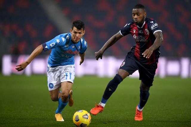 Stefano Denswil in azione contro il Napoli (ph. bolognafc.it)
