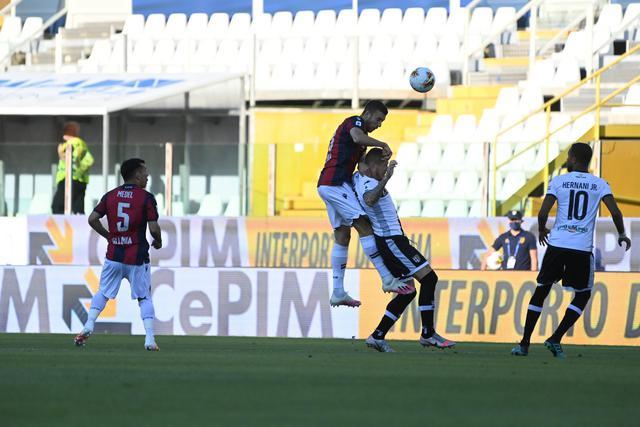 Mattia bani in azione contro il Parma (ph. bolognafc.it)