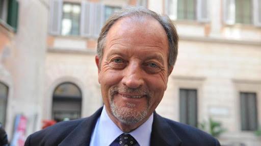 Renzo Ulivieri (Social)