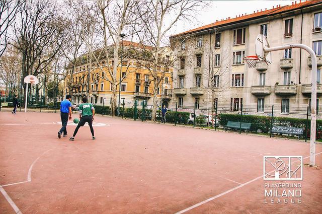 Il Playground di via Dezza