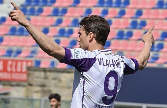 Dusan Vlahovic (Profilo social Fiorentina)