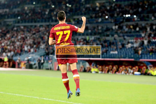 Esultanza Henrikh Mkhitaryan (photo Bertea)
